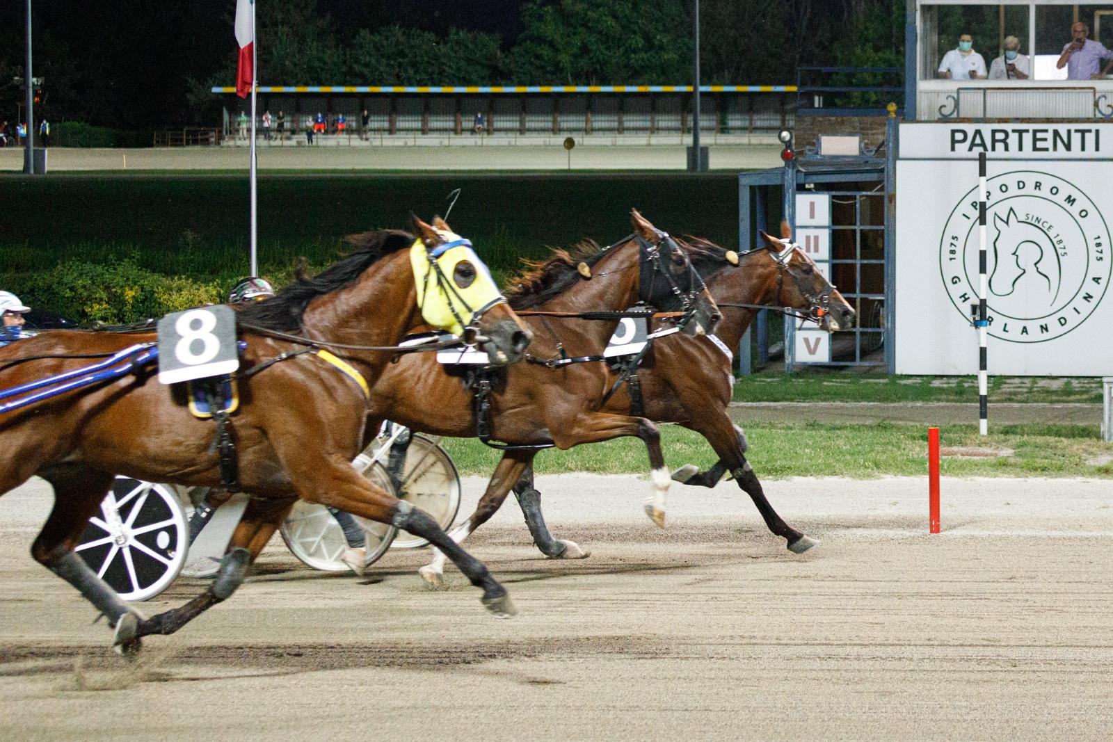 2020-08-09-corsa-3-01